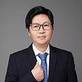 心理咨询师李雪峰