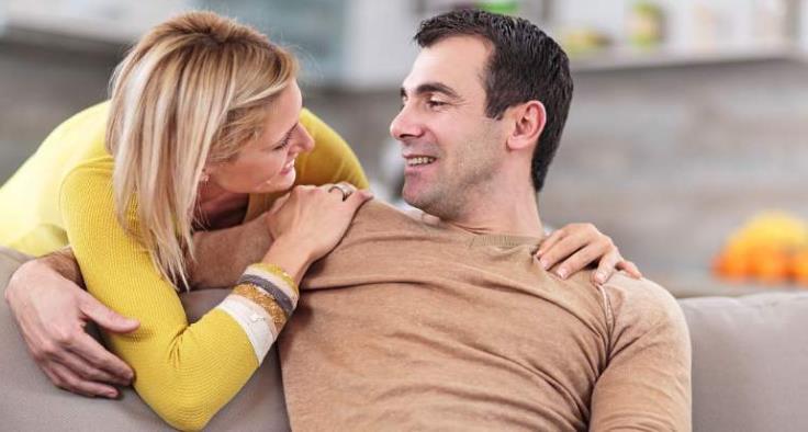 婚后夫妻之间没有激情了,共同语言也少了怎么办?